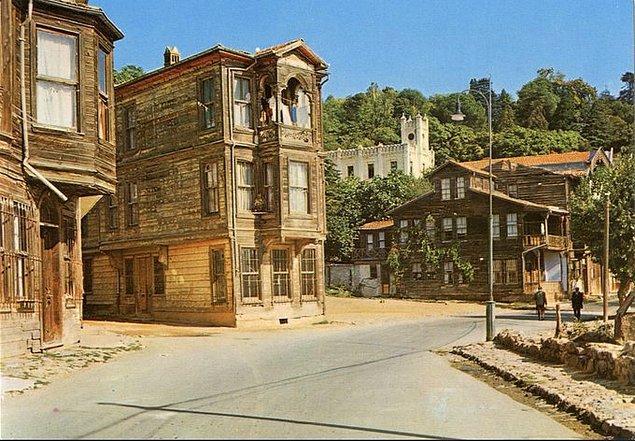 18. Sarıyer'deki eski evler, İstanbul, 1965.