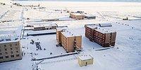 Как выглядит полузаброшенный российский поселок Пирамида на Шпицбергене