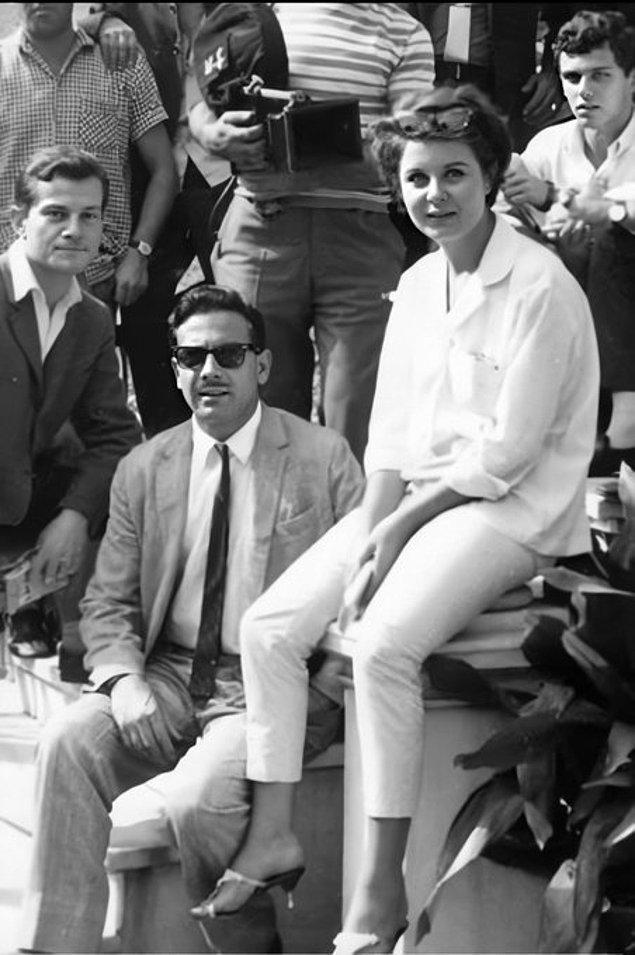 16. İki usta oyuncu Ayhan Işık ve Fatma Girik, 1965.