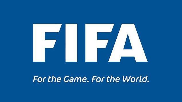 14. FIFA, sözleşmeleri 30 Haziran'da bitecek olan futbolcuların kontratlarının sezon sonuna kadar uzatılmasına karar verdi.  Transfer dönemi de ligler tamamlanana kadar ertelendi. (BBC)