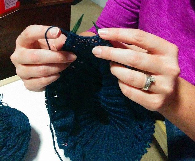 3. Parmaklarınızı sürekli meşgul edecek bir şeyler bulun.