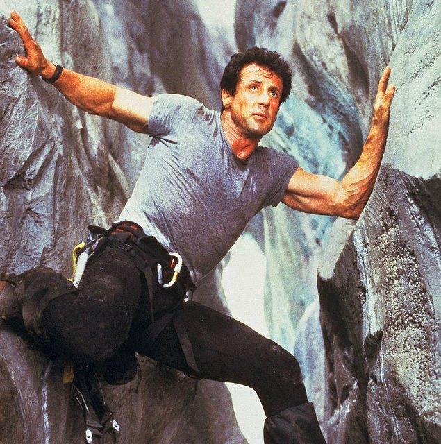 3. Sylvester Stallone - Yükseklik korkusu ('Cliffhanger')