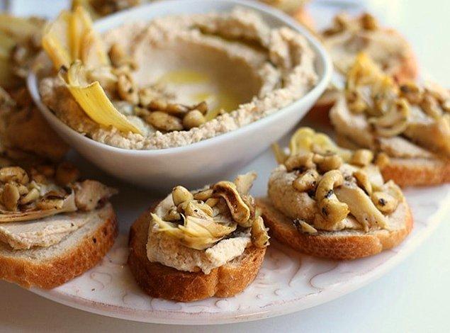 6. Ekmek üstünde lezzet şöleni: Enginarlı Bruschetta