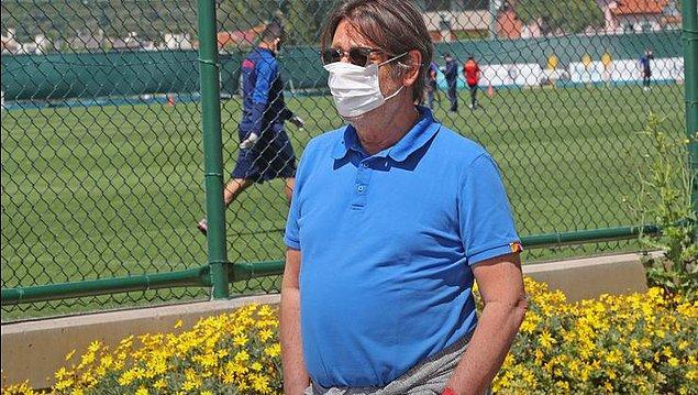 3. Göztepe Kulübü; futbolcular, teknik heyet ve yöneticilere yapılan koronavirüs testlerinin tamamının negatif çıktığını açıkladı.