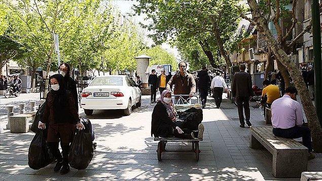 İran'da Kovid-19 nedeniyle hayatını kaybedenlerin sayısı 68 arttı