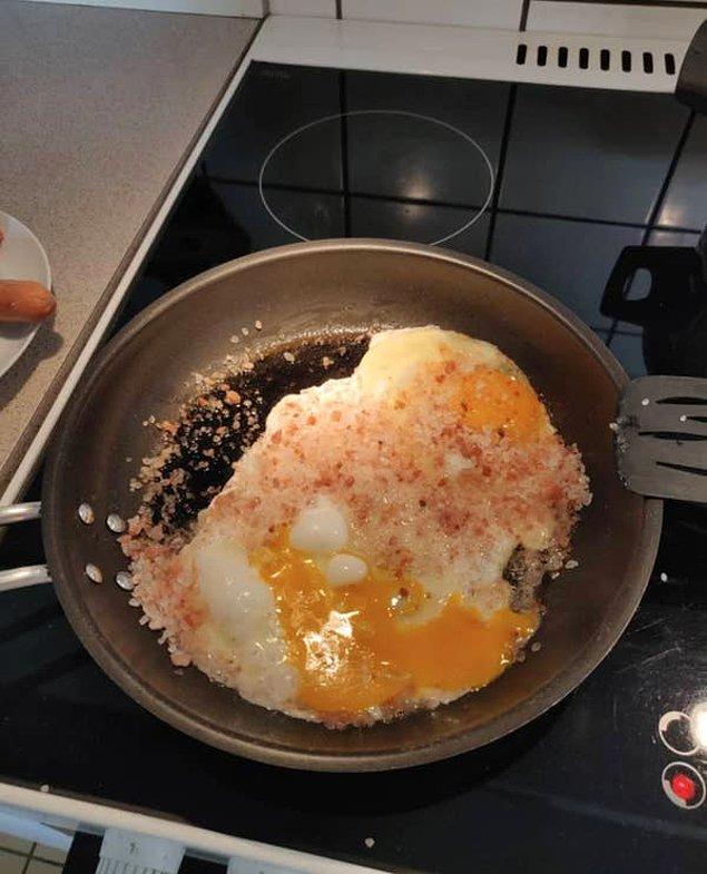 6. Ya da yumurtana bir tutam tuz koymak isterken bu tablo ile karşılaşırsın.