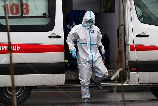 Rus yetkililer bu üç doktorun yaşadığı benzer olayla ilgili soruşturma yapıyorlar ve ne olduğuna dair henüz herhangi bir veri bulunmuyor.