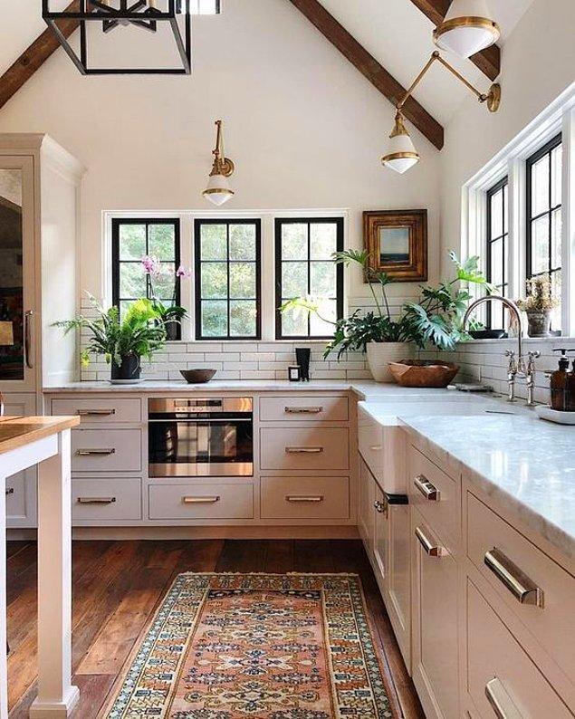 6. Pencereli mutfaklar bir harika!