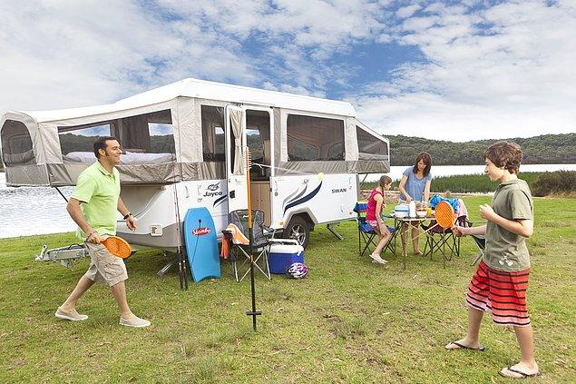 9. Son bir seçenek olarak karavan kiralamak da bu sene için hem güvenli hem de keyifli bir seçenek olabilir.