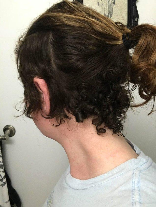 """7. """"Saçımın yarısı kıvırcık, yarısı düz uzuyor."""""""