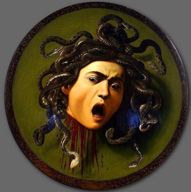 8. Yılan Saçlı Medusa