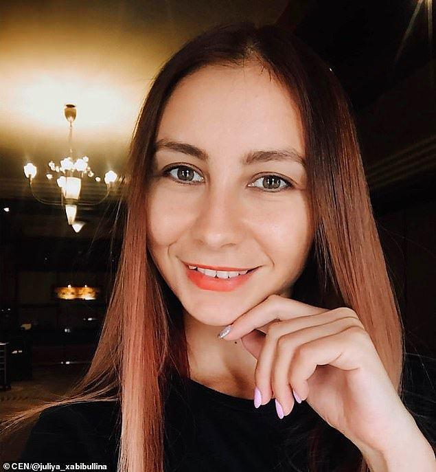 34 yaşındaki Julia Khabibulina, aslında Rusya'nın Bashkortostan şehrinde yaşıyordu ama fotoğrafçılık kariyerine katkısı olacağını düşündüğü için Dubai'ye taşındı.