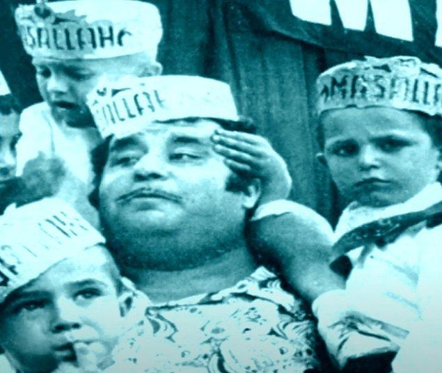 9 Nisan 1963'de oğlu Erdal Tosun dünyaya geldi.