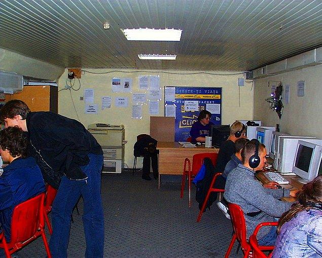 10. İnternet kafe