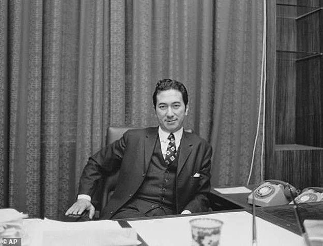 Stanley Ho, iş dünyasında kendi sektörünün devi olarak, Çin'in Makao bölgesinin kumarda Las Vegas'ı geçmesini sağlayan isim olmuştu.