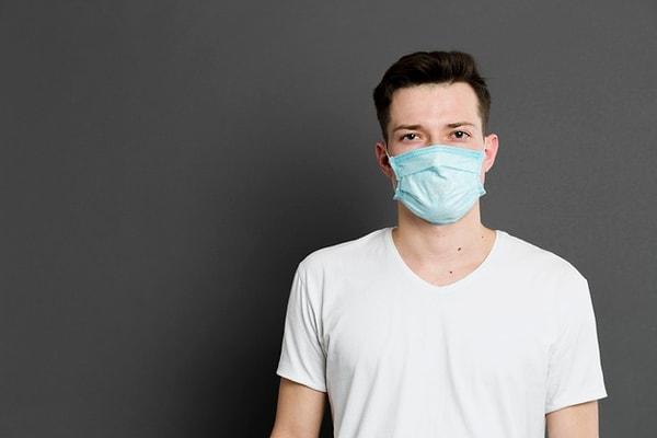 Ученые считают, что длина безымянного пальца у мужчин влияет на уровень их смертности от коронавируса