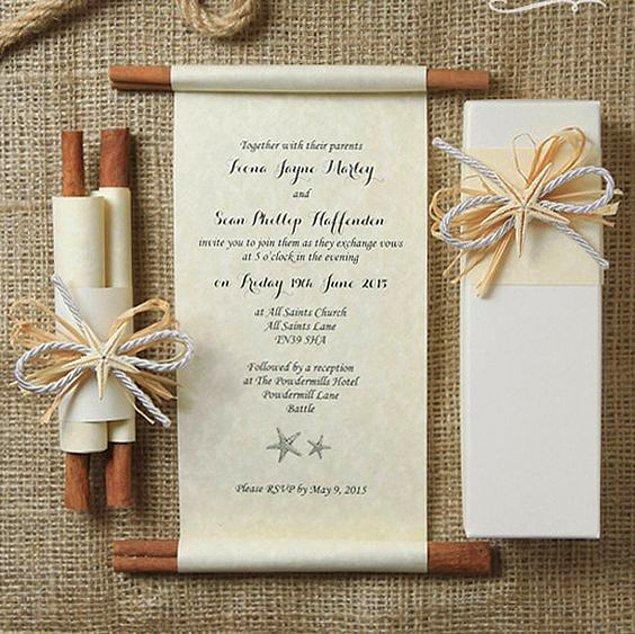 1. Sıradan bir davetiyeyi küçük detaylarla gösterişli bir hale getirebilirsiniz.