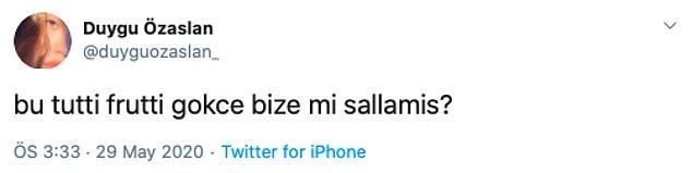 Sunny side up ego çıkışından sonra Twitter hesabı açan Duygu Özaslan da tepkisi bu şekilde gösterdi: