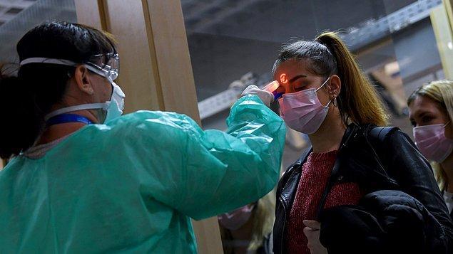 Covid-19 salgını tüm dünya için tehlike arz etmeye devam ederken bir yandan da grip sezonunun yaklaşıyor olması akla 'bu sene daha mı şiddetli geçecek?' sorusunu getiriyor.