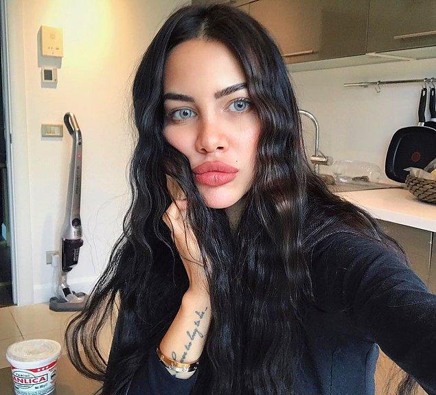 Bu kez pek çok kişi gibi idol olarak Angelina Jolie'yi seçtiği düşünülüyordu.
