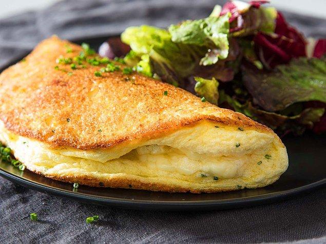 8. Aynı tariflerden sıkılanlar için: Kabarık omlet