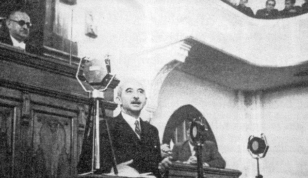 1930 senesi Türkiye için oldukça hareketlidir. 'Türk Parasının Kıymetini Koruma Kanunu' çıkartılmış, Serbest Cumhuriyet Partisi kurulmuştur.