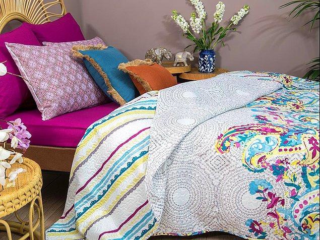 12. Çok amaçlı yatak örtüsü nevresimlerinizin tozlanmasını önlerken makinede yıkanarak kolayca temizlenebilir.