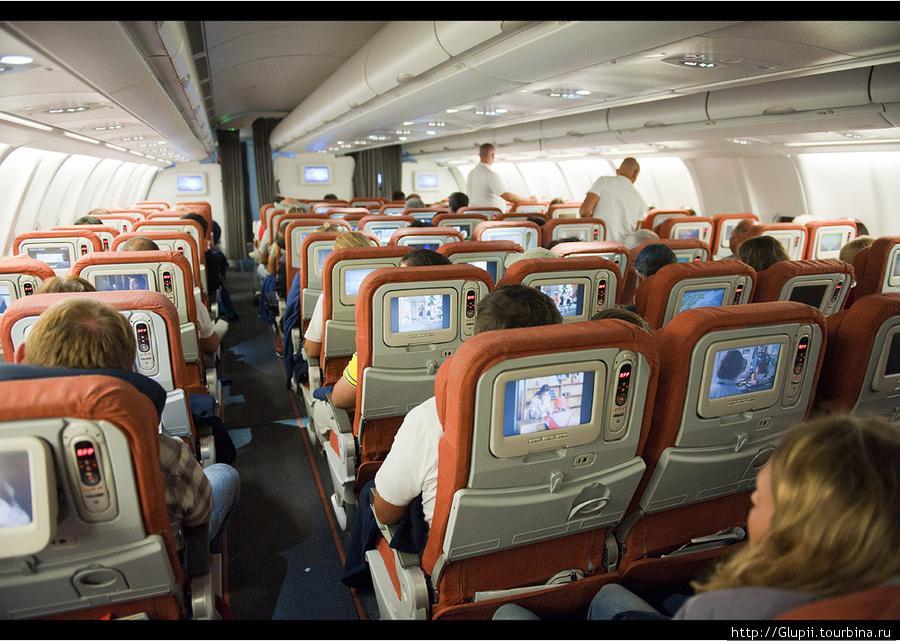 картинка самолет в нутри