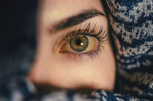 Gözlerine