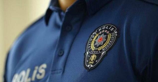 Saldırganlardan birinin polis olduğu öğrenildi.