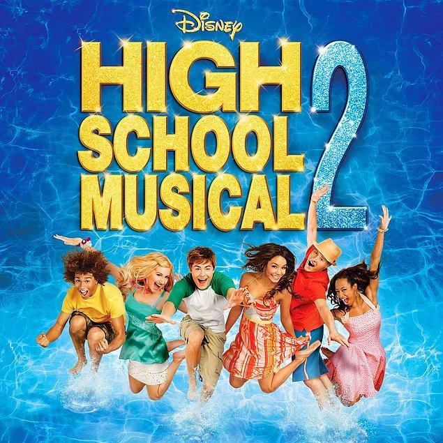 """8. 2007 - """"High School Musical 2: Original Tv Movie Soundtrack"""""""