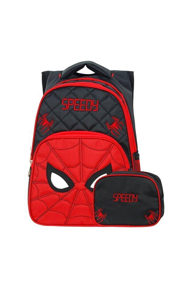 2. Beslenme çantası ile takım bir çantaya ihtiyacı olan minik Spidey'ler için harika bir set.