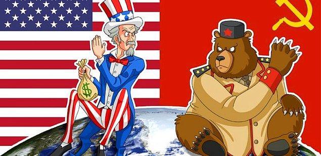 ABD ve Sovyet Rusya arasında yaşanan Soğuk Savaş