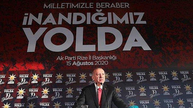 """AB'den Türkiye'ye """"tansiyonu düşürme"""" çağrıları yapılırken Cumhurbaşkanı Erdoğan, sıklıkla kararlılık vurgusu yapıyor. Erdoğan, son konuşmasında """"Kıta sahanlığımızda haydutluğa asla boyun eğmeyeceğiz, yaptırım ve tehdit dili karşısında geri adım atmayacağız."""" dedi."""