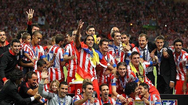 4 sezonun ardından 2012-2013 sezonunda İspanya'nın Atletico Madrid'e transfer olan Emre, burada İspanya Kral Kupası ve UEFA Süper Kupası kazanma başarısı gösterdi.