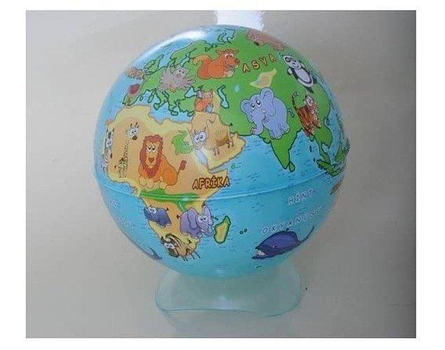 18. Kumbara olarak kullanılan hayvanlı küre çocuklarınızın ülkeleri tanımasında eğlenceli bir yardımcı.