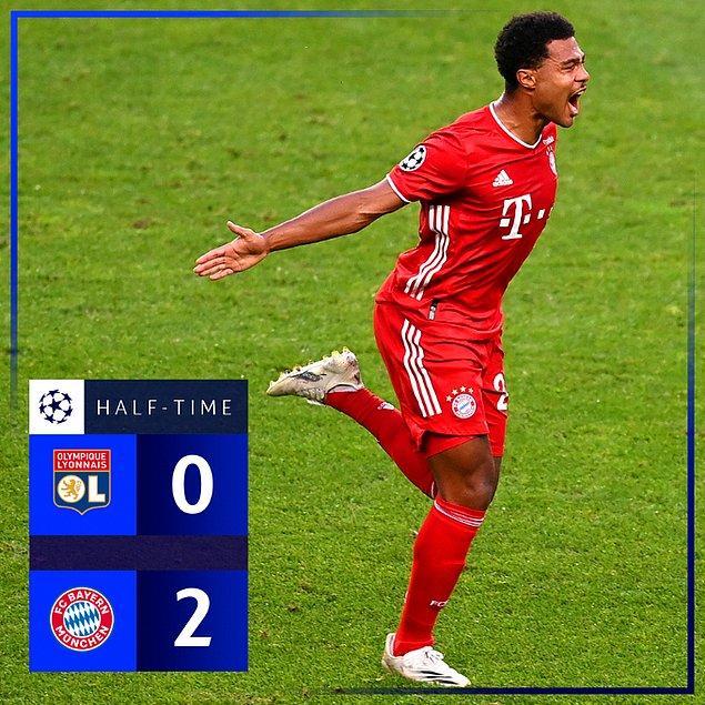Kalan dakikalarda başka gol olmayınca Bayern Münih, ilk 45 dakikayı 2-0 önde tamamladı.