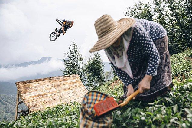 Rize'de çay tarlalarında Red Bull sporcusu Sergio Layos ile bir BMX macerası