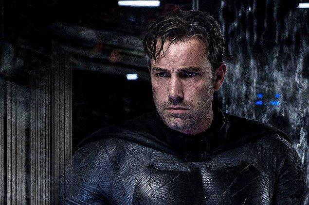 13. Ben Affleck, The Flash filminde Batman'i yeniden canlandıracak.