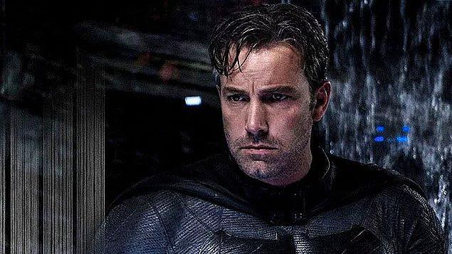 Aslına bakarsanız, Ben Affleck'in çizdiği Batman fiziksel özellikleri dikkate alındığında çizgi romanlardakine en çok benzeyen Batman olarak görülüyordu.