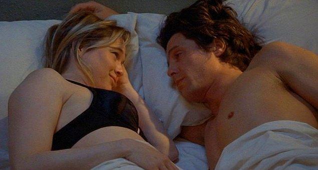 4. Hugh Grant, 'The Four Weddings'de penisine hakim olamamış.