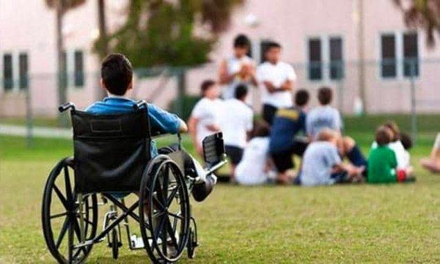 Yoksa engelli öğrenciler sadece özel okullara mı gidiyor?