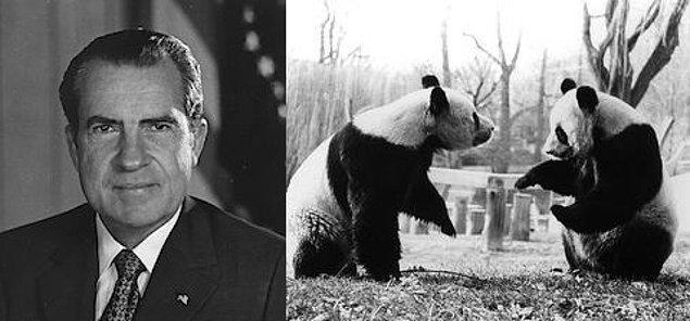 3. Richard Nixon'un diplomatik ziyaretinin ardından Çin, Washington DC'deki Ulusal Hayvanat Bahçesi'ne iki dev panda verdi.