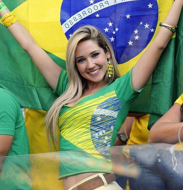 10. Brezilya'daki en popüler saç rengi sarıdır.