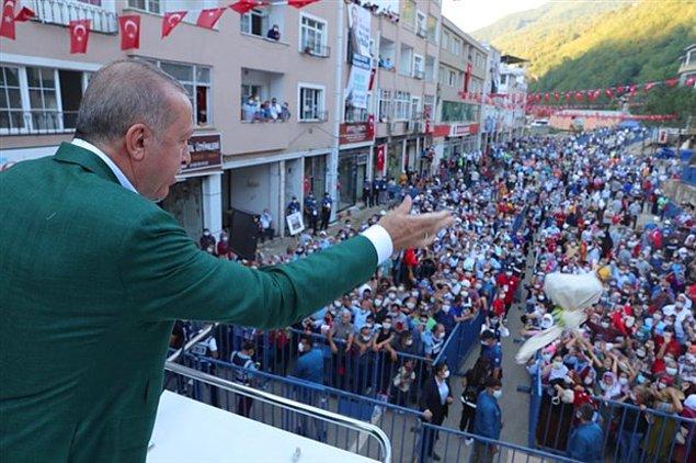 Erdoğan burada yaptığı konuşmada selgen etkilenenlere verecekleri maddi destek paketini açıkladı.