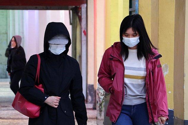 Pandeminin neden olduğu ekonomik kriz Singapur'u da birçok ülke gibi ekonomik duraklamaya sürükledi.