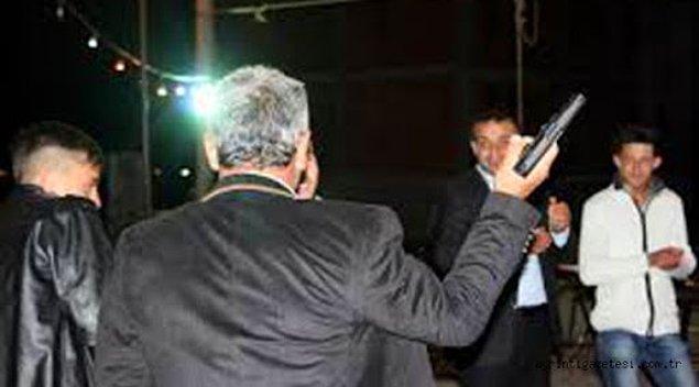 1. Düğünde, dernekte insanların hayatını hiçe sayarak kutlama yapmayı silah atmak zanneden insan kesinlikle CAHİLDİR!