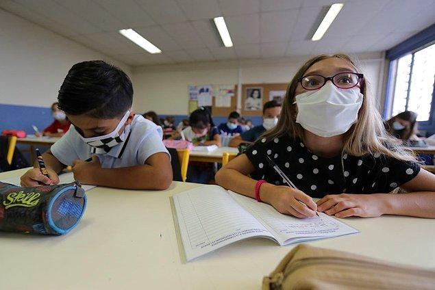 Yunanistan'da okulların 14 Eylül'de yeniden açılması bekleniyor.