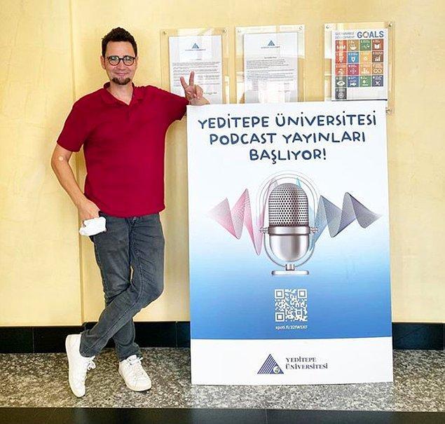 Halihazırda ben de iki farklı podcast üretiyorum. Bunlardan birinin adı 'Forum Cultura'.