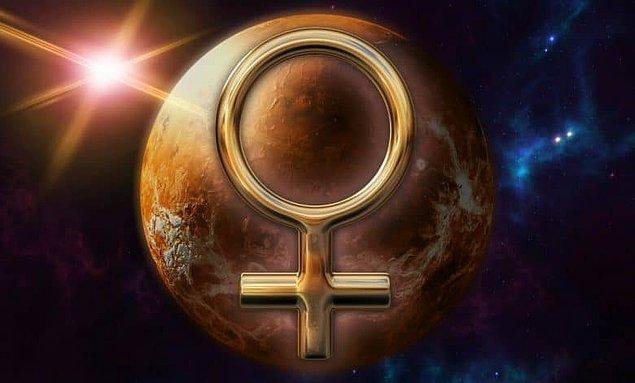 5. Cumayı göstermek için Venüs'ün astrolojik sembolü kullanılabilir.